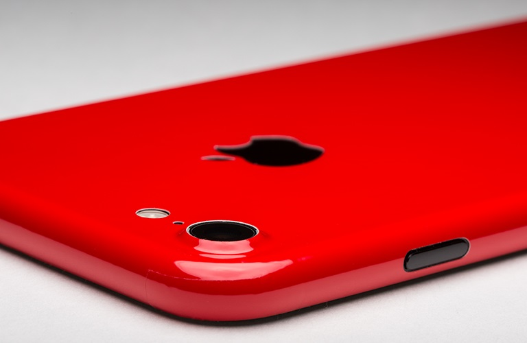 Новости Apple iPhone Red